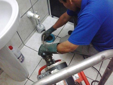 Dịch vụ thông tắc sàn toilet giá rẻ tại Đà Nẵng